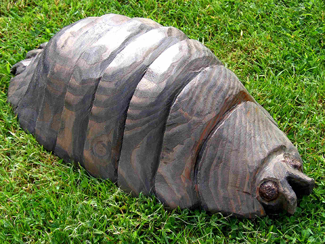 Garden Sculpture : Wooden Bugs / Wooden Insect Garden Features : Woodlouse Garden Sculpture
