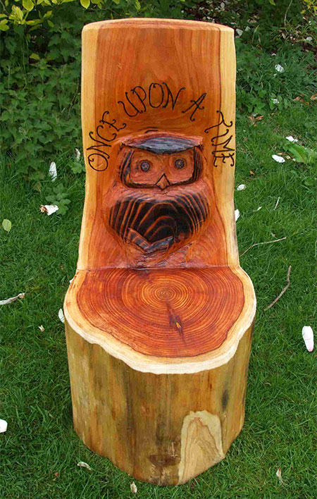 Schools/Playtime : Story Telling Chairs : Storytelling Log with Wise Owl Design